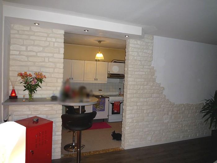 Pierre Parement Et Retombee De Plafond In Deco